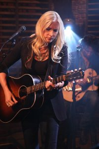 Holly Williams 4